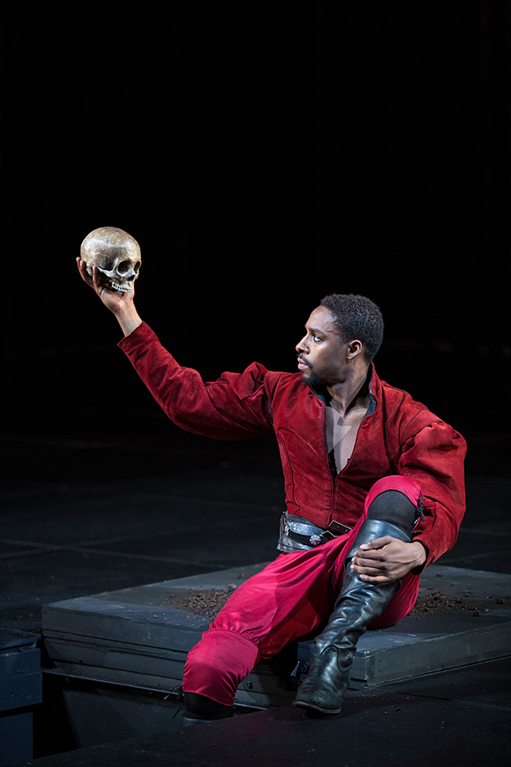 Grantham Coleman in the title role of Hamlet, by William Shakespeare, directed by Barry Edelstein, running August 6 - September 10, 2017. Photo by Jim Cox.