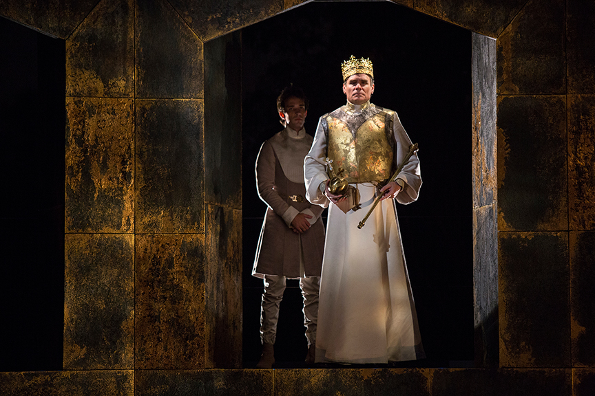 (from left) Jake Horowitz as Duke of Aumerle and Robert Sean Leonard as King Richard II in King Richard II, by William Shakespeare, directed by Erica Schmidt, running June 11 - July 15, 2017. Photo by Jim Cox.
