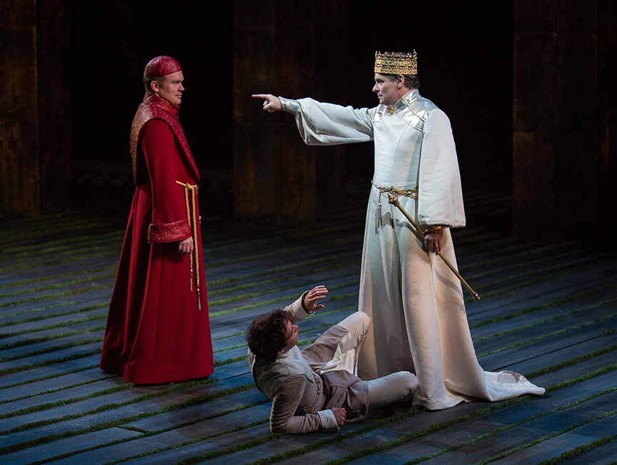 (from left) James Joseph O'Neil as Bishop of Carlisle, Jake Horowitz as Duke Aumerle, and Robert Sean Leonard as King Richard II in King Richard II, by William Shakespeare, directed by Erica Schmidt, running June 11 - July 15, 2017. Photo by Jim Cox.