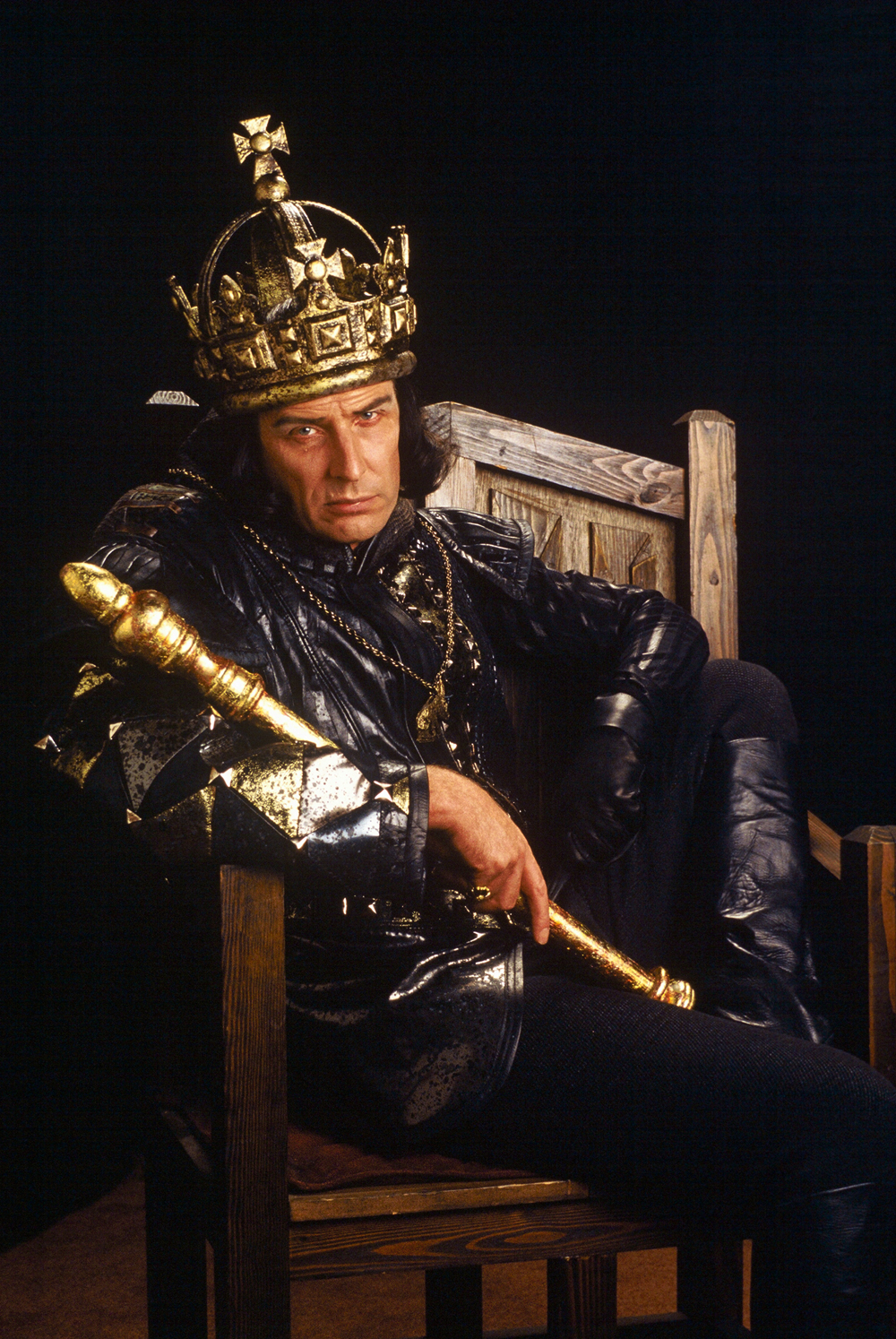 Paxton Whitehead in The Old Globe's 1983 production of Richard III, directed by John Houseman.