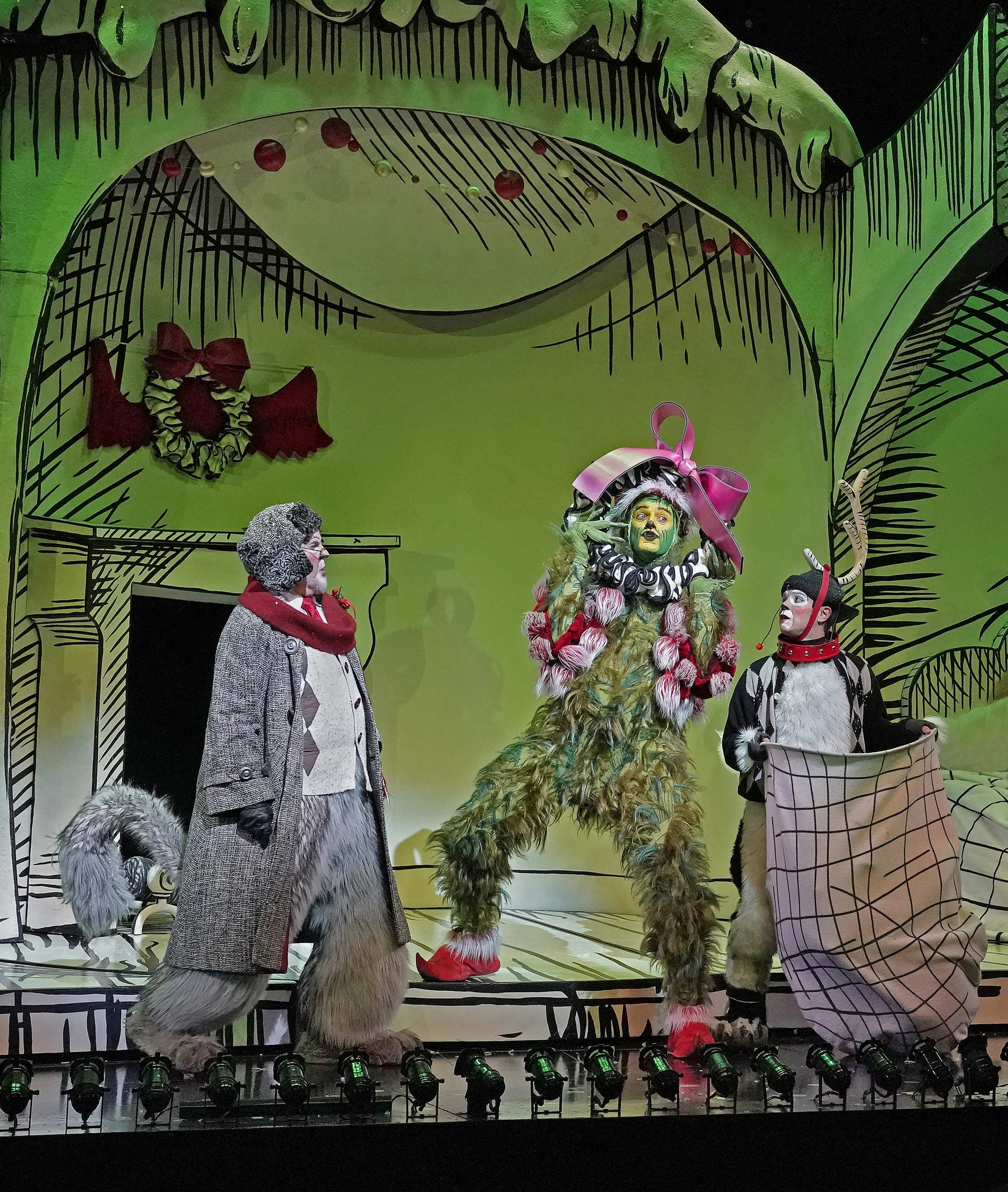 Dr Seuss S How The Grinch Stole Christmas 2018 The Old Globe