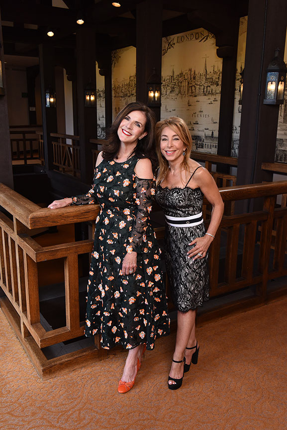 (from left) The 2019 Globe Gala Co-Chairs Karen Tanz and Ellise Coit. Photo by Douglas Gates.
