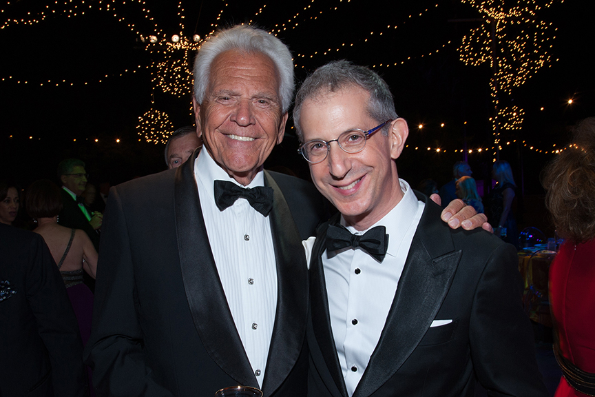 Don Cohn and Barry Edelstein at the 2016 Globe Gala – A Night of Revels – on Saturday, September 24, 2016. Photo by Bob Ross.