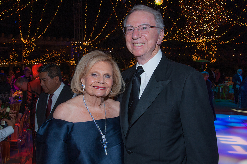 Irwin and Joan Jacobs at the 2016 Globe Gala – A Night of Revels – on Saturday, September 24, 2016. Photo by Bob Ross.